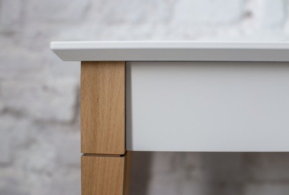 MIMO Console Table with Shelf - White