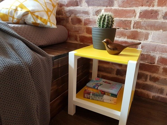 TRIVENTI Bedside Table/Stool - light grey/white legs