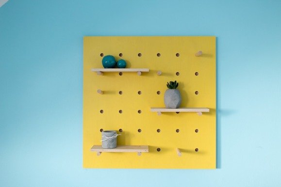 TRIVENTI square Pegboard - yellow