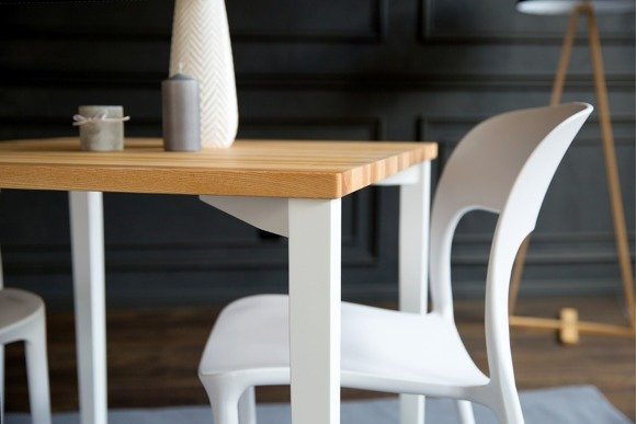 TRIVENTI square Table - white square legs