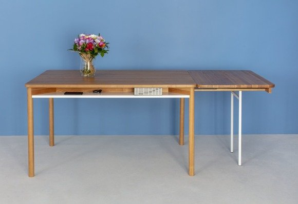 ZEEN Extendable Table with Shelf - oak