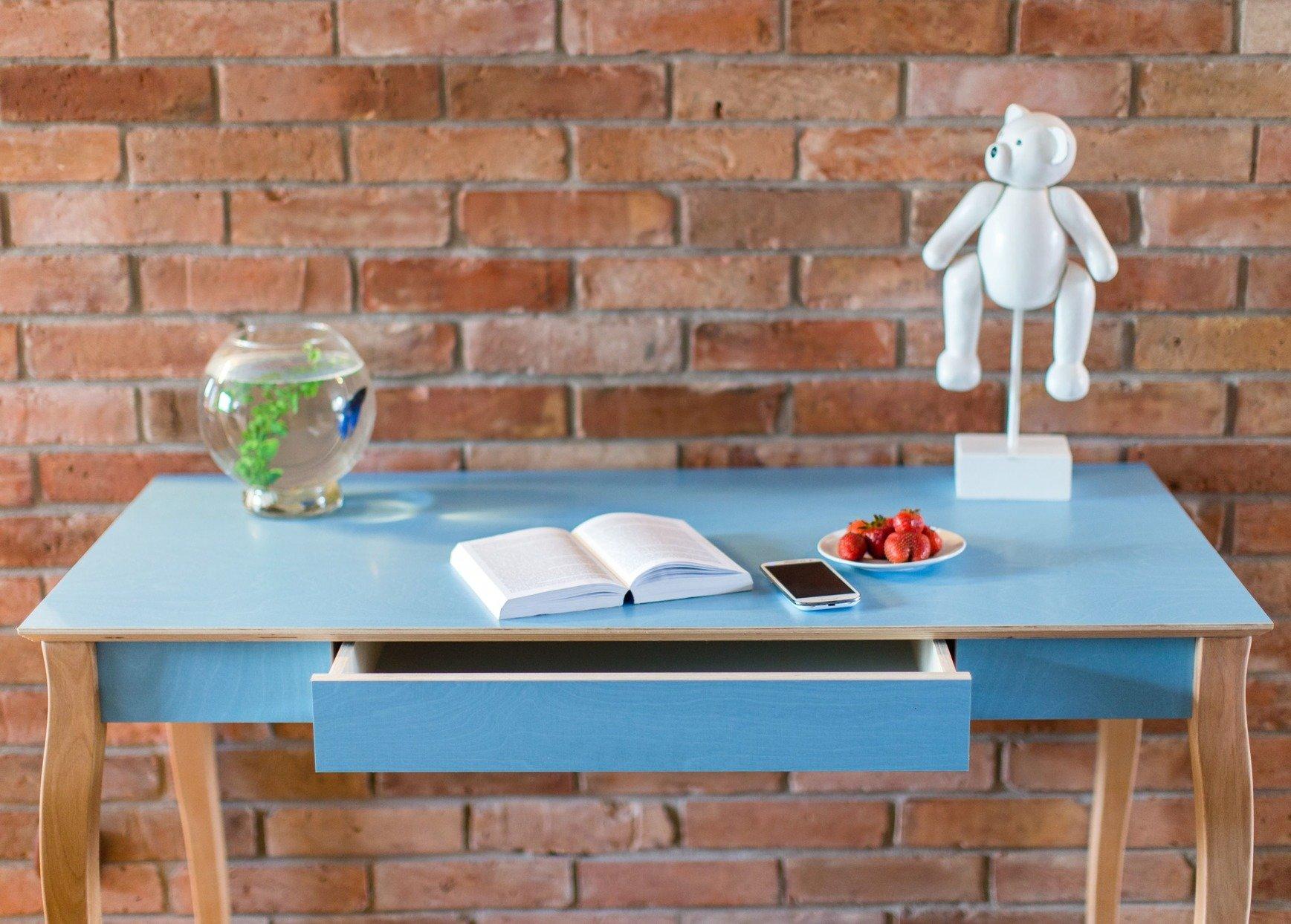 einfache schreibtische für das heimbüro todo schreibtisch blau möbel räume büro
